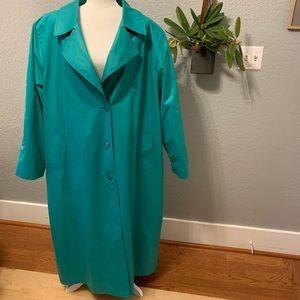 VINTAGE London Fog Teal Trench - Plus Size 🤩